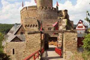 Burg – Teamevent Mosel