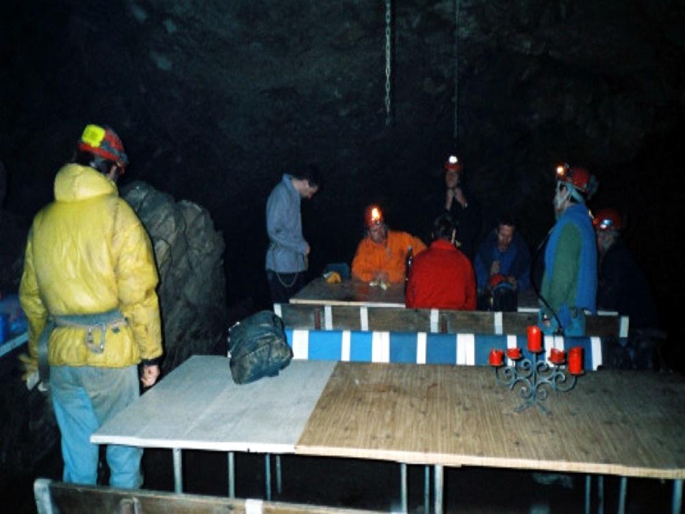 Hölloch - 2 Tages Biwak Expedition