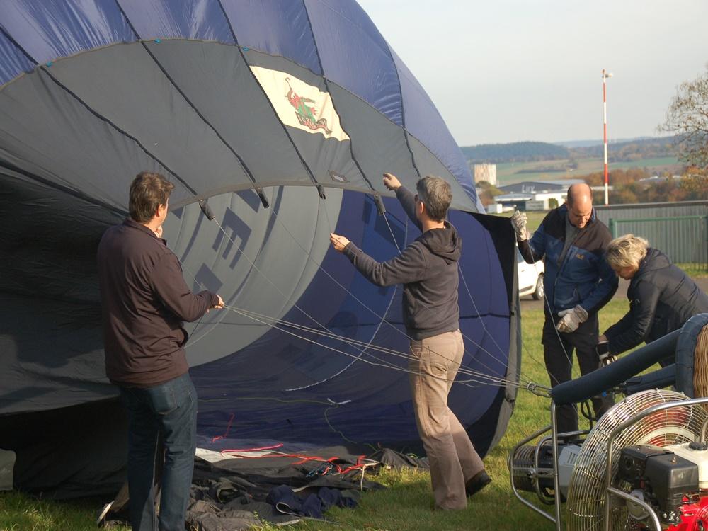 Firmenausflug, mit dem Ballon über das Moseltal